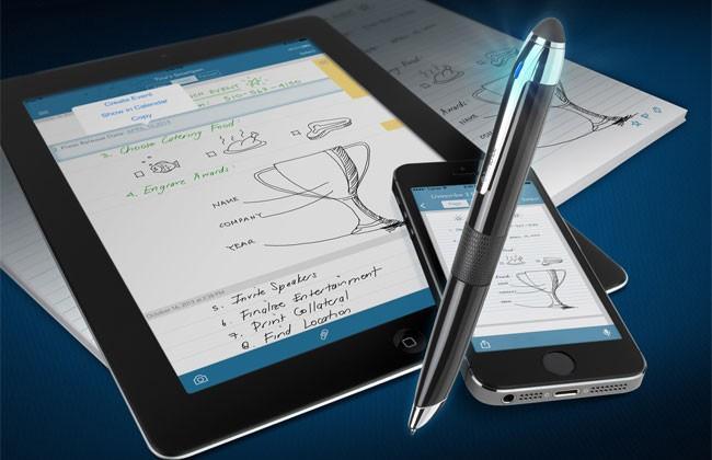 Livescribe 3 smartpen uses Bluetooth Smart technology to sync handwritten memos