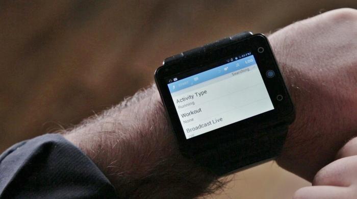 Neptune Pine smartwatch hits Kickstarter goal, offers standalone experience