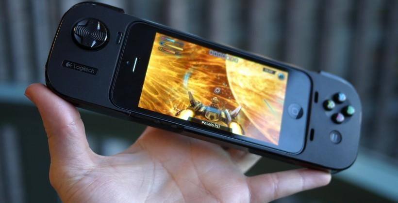 Logitech PowerShell iPhone gamepad hands-on