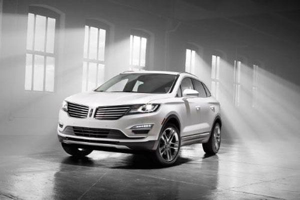 2015 Lincoln MKC premium SUV unveiled with 2.3-liter EcoBoost engine