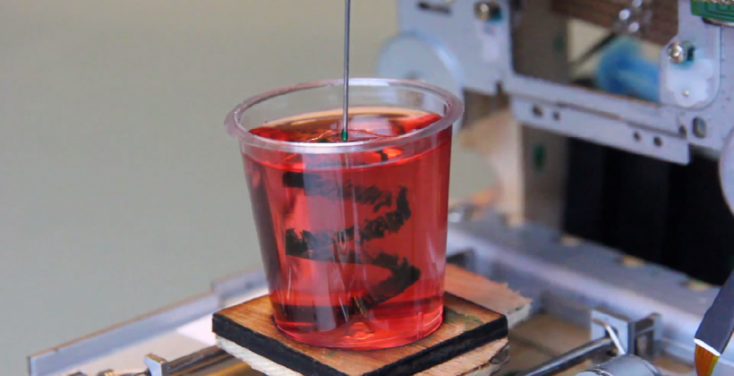 3D printer made from CD-ROM drives makes ink designs in Jello