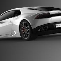Lamborghini Huracan features 610 hp 5.2L V10 engine