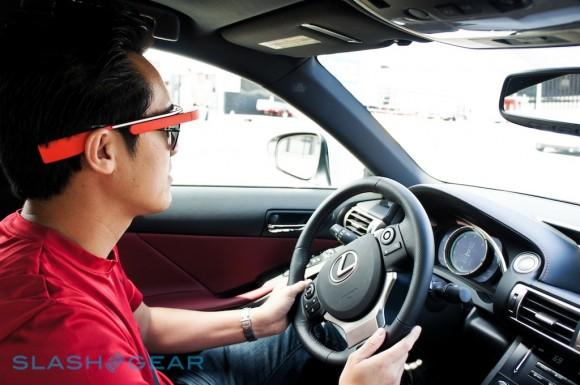 Google Glass driver pleads not guilty to digital distraction