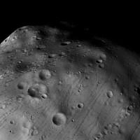 Mars Express to streak past Mars' moon Phobos soon