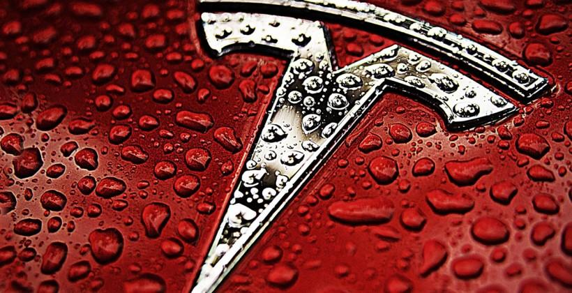 Tesla Model E, an all-electric sedan for the masses, to debut Jan. 2015
