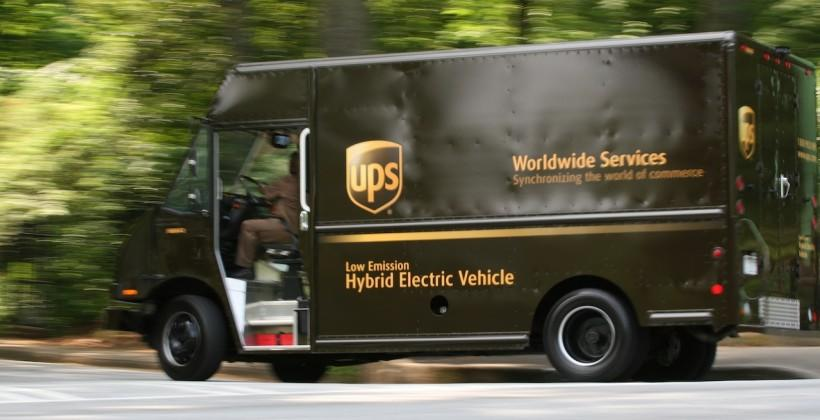 UPS and FedEx under fire as retailers crow holiday sales success