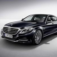 Mercedes-Benz S600 V12 offers near-autonomous driving
