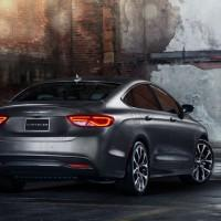 New 2015 Chrysler 200 details announced