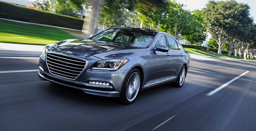 2015 Hyundai Genesis packs Google Glass app and AWD option