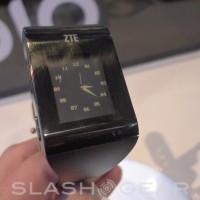 ZTE BlueWatch smartwatch hands-on