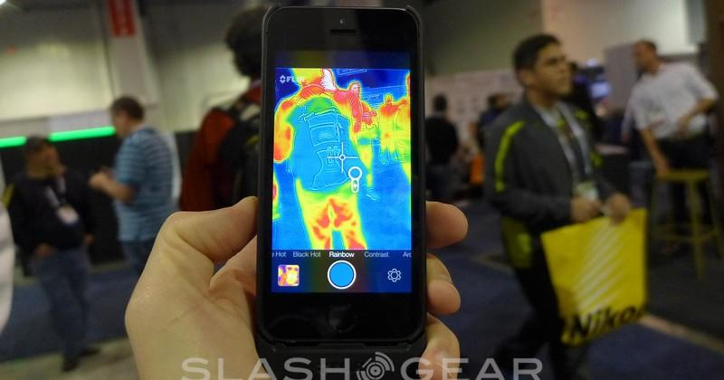 FLIR ONE iPhone 5/5S thermal camera case hands-on