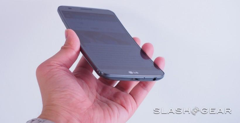 LG G Flex hands-on: AT&T gets curvy