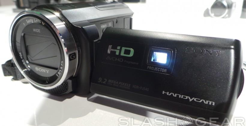 Sony introduces two new Handycam models with projectors at CES 2014