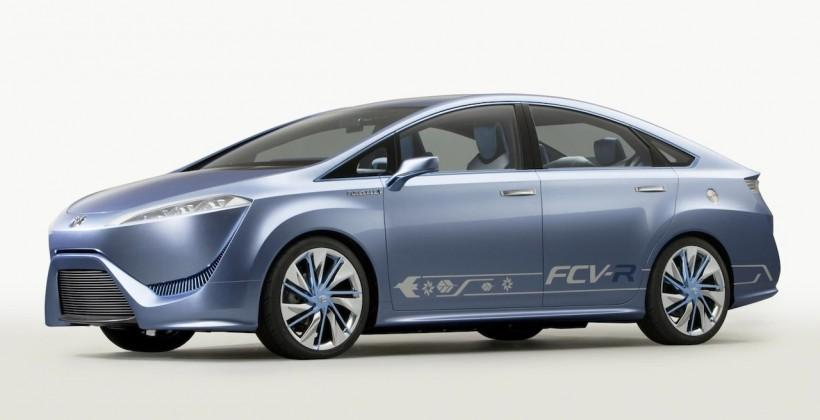 Toyota: Fuel-cell cars in 2015, and infrastructure needs may surprise you