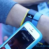 Fitbit Force Caller ID coming February 2014: Demo