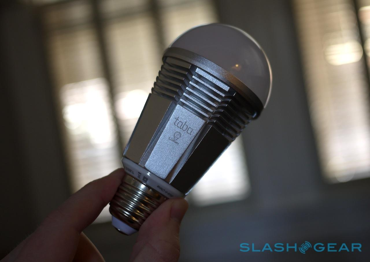 lumen_tl800_bluetooth_bulb_review_sg_2