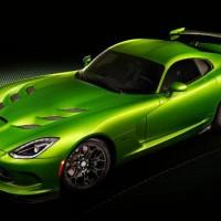 2014 SRT Viper strikes in Detroit with new color and options package