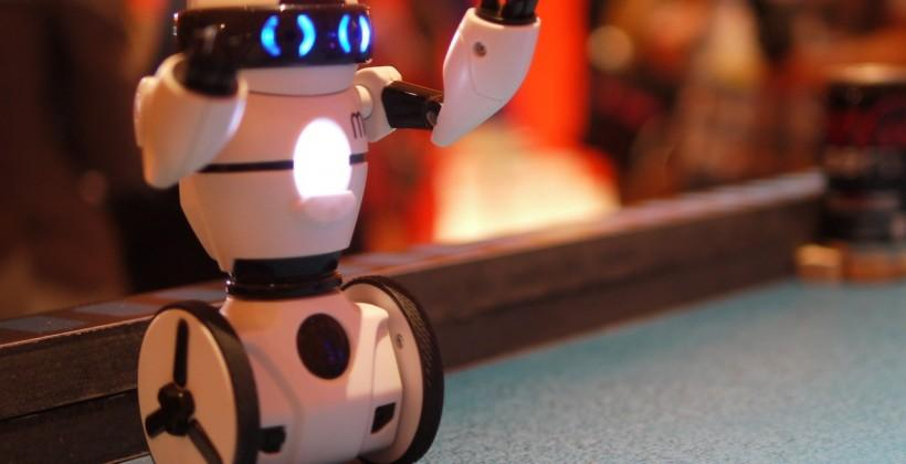 WowWee MiP robot hands-on