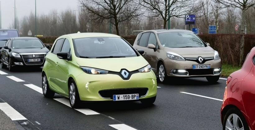 Renault NEXT TWO self-driving car could be on roads by 2020