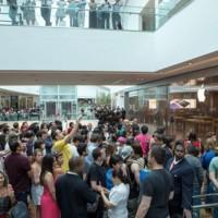 Apple Store in Rio de Janeiro opens, becoming the first location in South America