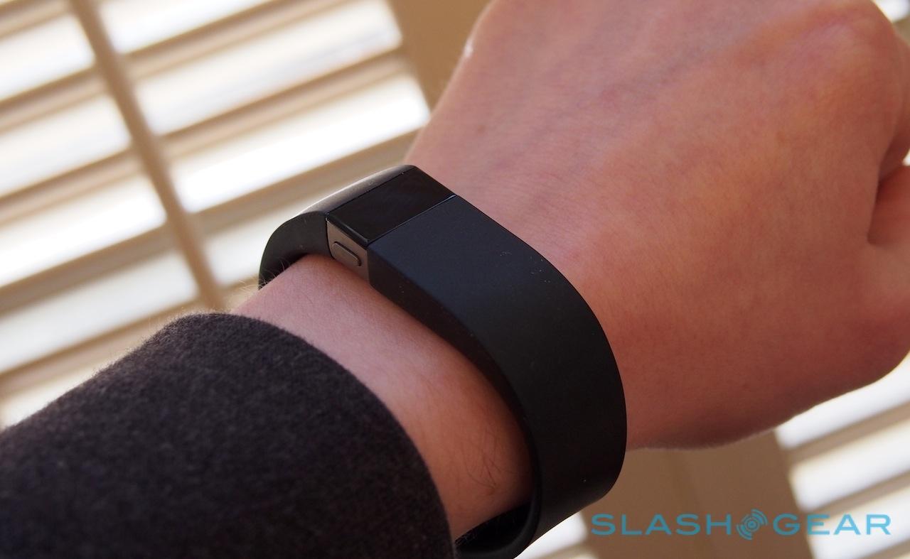 Fitbit recalls Force over skin irritation complaints - SlashGear