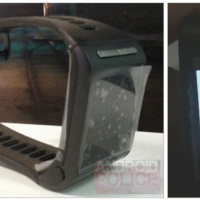 Google smartwatch Motorola proto leaks as OS launch tipped soon