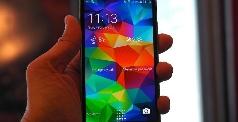 Samsung Galaxy S5 hands-on: 16MP and fingerprint scanner