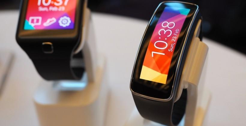 Samsung Gear Fit skips Tizen and limits 3rd-party apps
