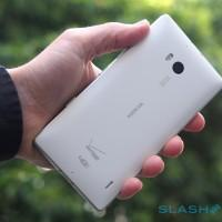 "Nokia Lumia Icon ""directional audio"" picks fight with Galaxy S4"