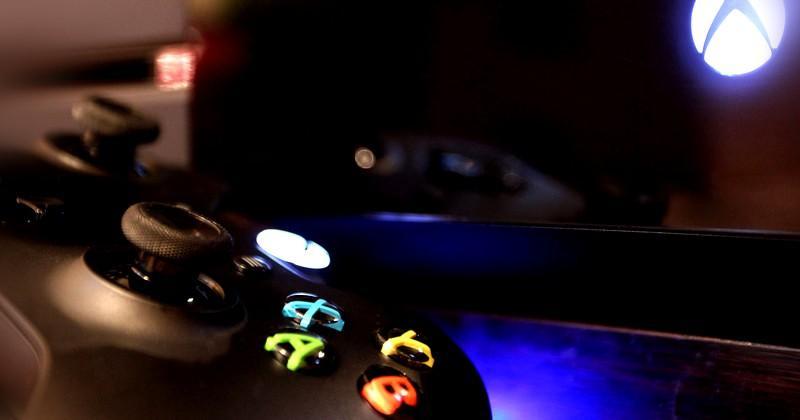 Xbox One price slashed for UK alongside Titanfall