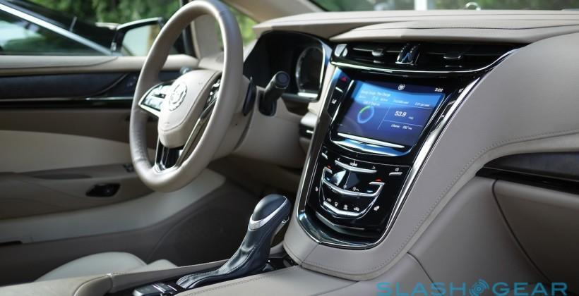 Cadillac signs-up Siri but cold on CarPlay