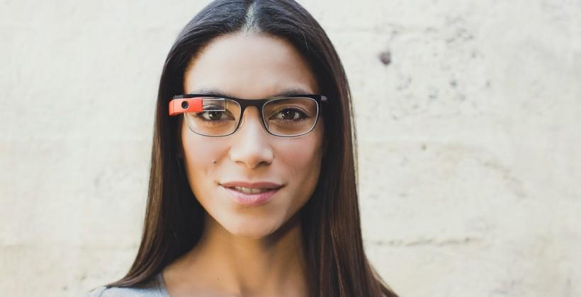Google Glass inks Ray-Ban and Oakley frame deal