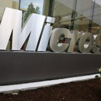 Microsoft loses two execs as post-Nadella exodus begins