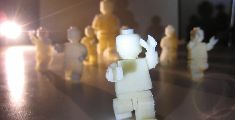 LEGO weighing 3D printing to stave off Minecraft