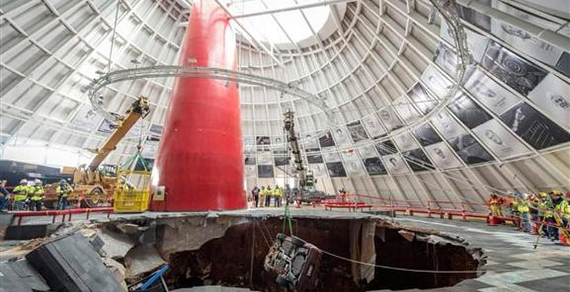 Corvette sinkhole extraction underway at National Corvette Museum