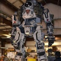Titanfall life-size Titans behind the scenes with Daniel's Wood Land