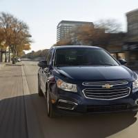 2015 Chevrolet Cruze bakes Siri in the dash