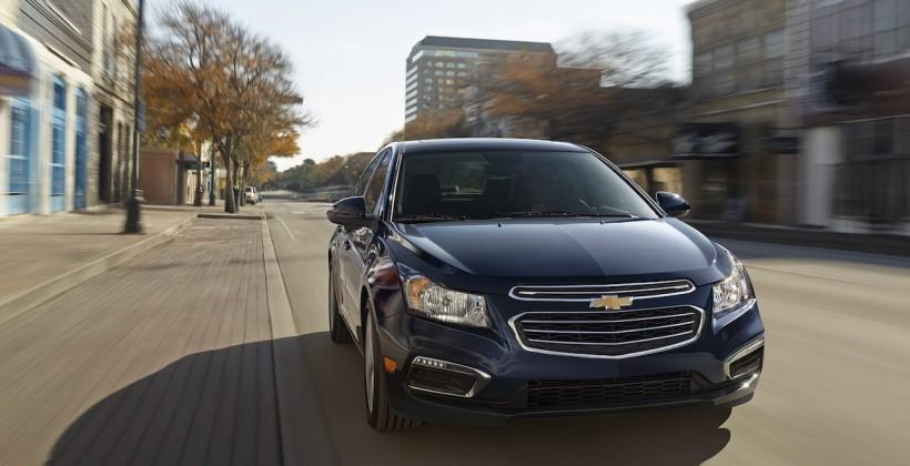 2015 Chevrolet Cruze bakes Siri in the dash - SlashGear