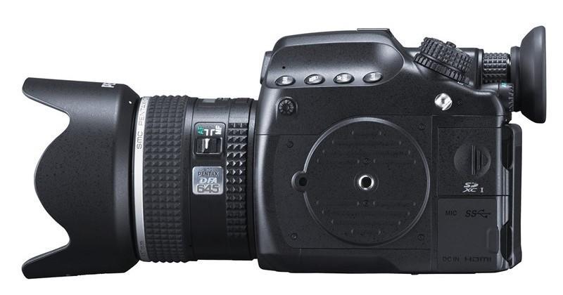 Pentax 645Z medium-format 51MP camera unveiled