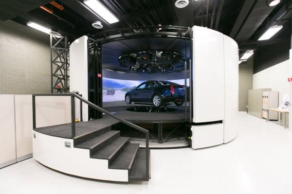 cadillac-driving-simulator-1