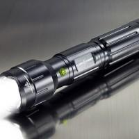 Wicked Lasers Flashtorch flashlight starts fires with 4100 lumens of light