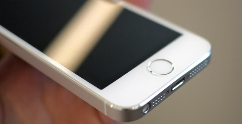 iPhone 6 price increase talks: would you pay $100 more?
