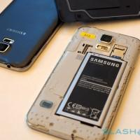 Galaxy S5 Teardown reveals display-level barrier