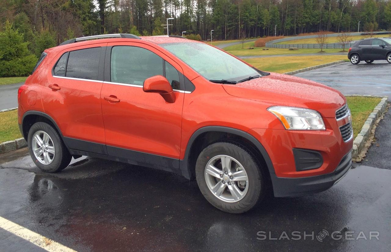 2015 Chevrolet Trax Small Suv Arrives With Small Car Agility Slashgear