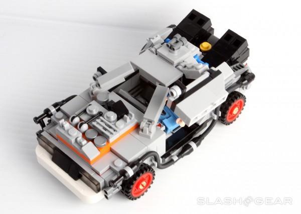 slashgear_lego_bttf_12
