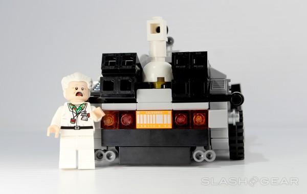 slashgear_lego_bttf_5