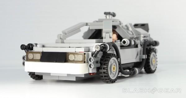 slashgear_lego_bttf_9
