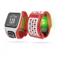 TomTom Runner Cardio GPS sports watch keeps track of your heart
