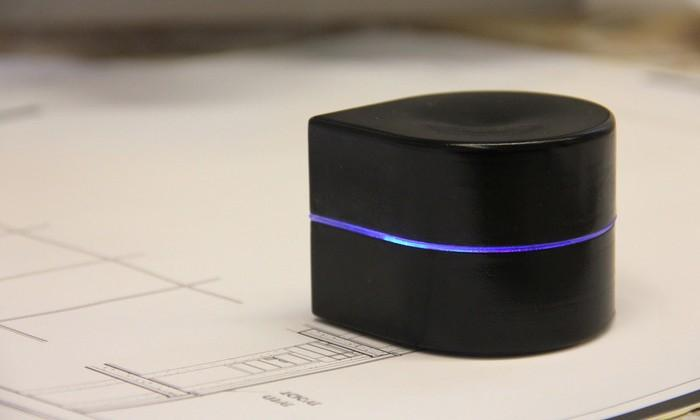 Zuta Labs Mini Mobile Robotic Printer roams page trailing ink