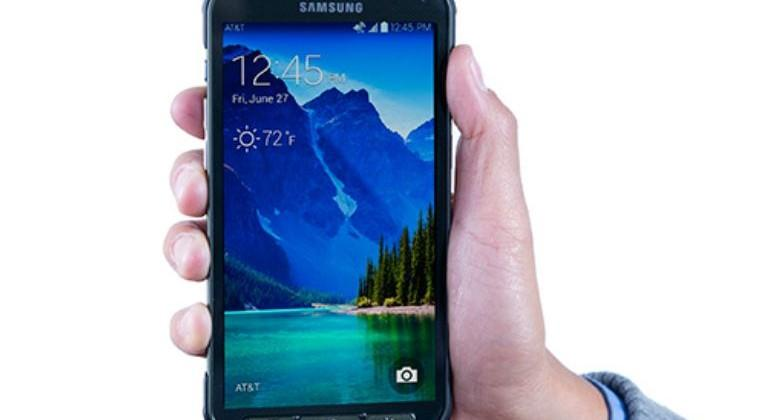 Galaxy S 5 Active launches at AT&T